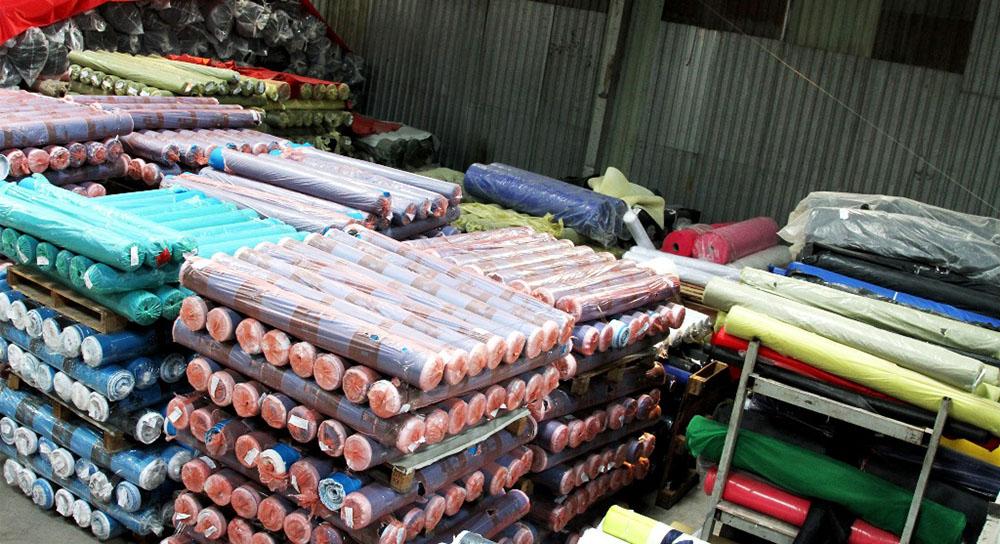 Kho vải bố và vải dù tại xưởng balo GLU